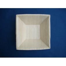 Piatti in foglia di palma fondi da cm 16 x 16 x 4,5 - pacco da 25 pezzi